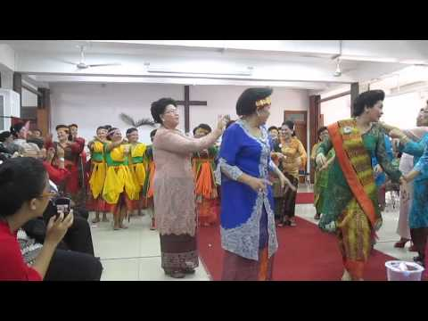 Tumba All - Parheheon & Tahun Parompuan HKBP Pasar Minggu 2015