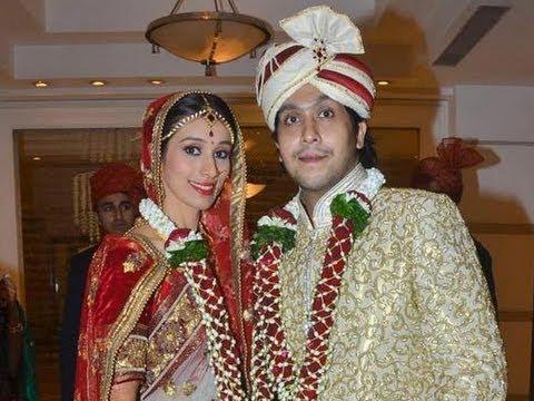 Amitabh Bachchan, Abhishek Bachchan, Rani Mukerji, Kajol At Bappa Lahiri's Wedding Reception