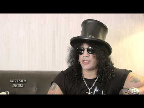 GUNS N' ROSES SLASH TALKS AXL-LESS ROCK HALL INDUCTION Music Videos