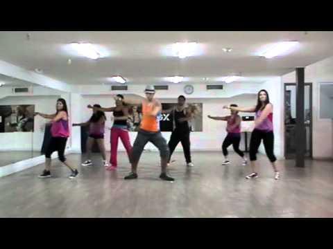 Video clip tập thể dục Zumba lovumba