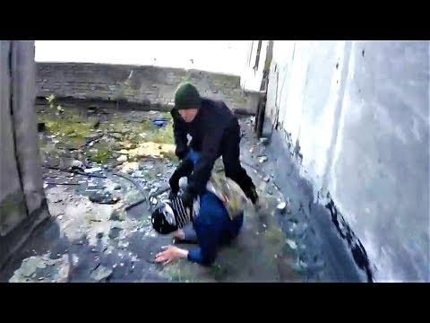 Драка с охраной Побег от полиции и охраны Прыгнул с крыши