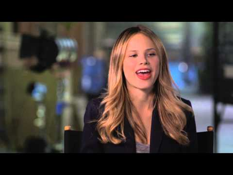 "Paper Towns: Halston Sage ""Lacey"" Behind the Scenes Movie Interview"