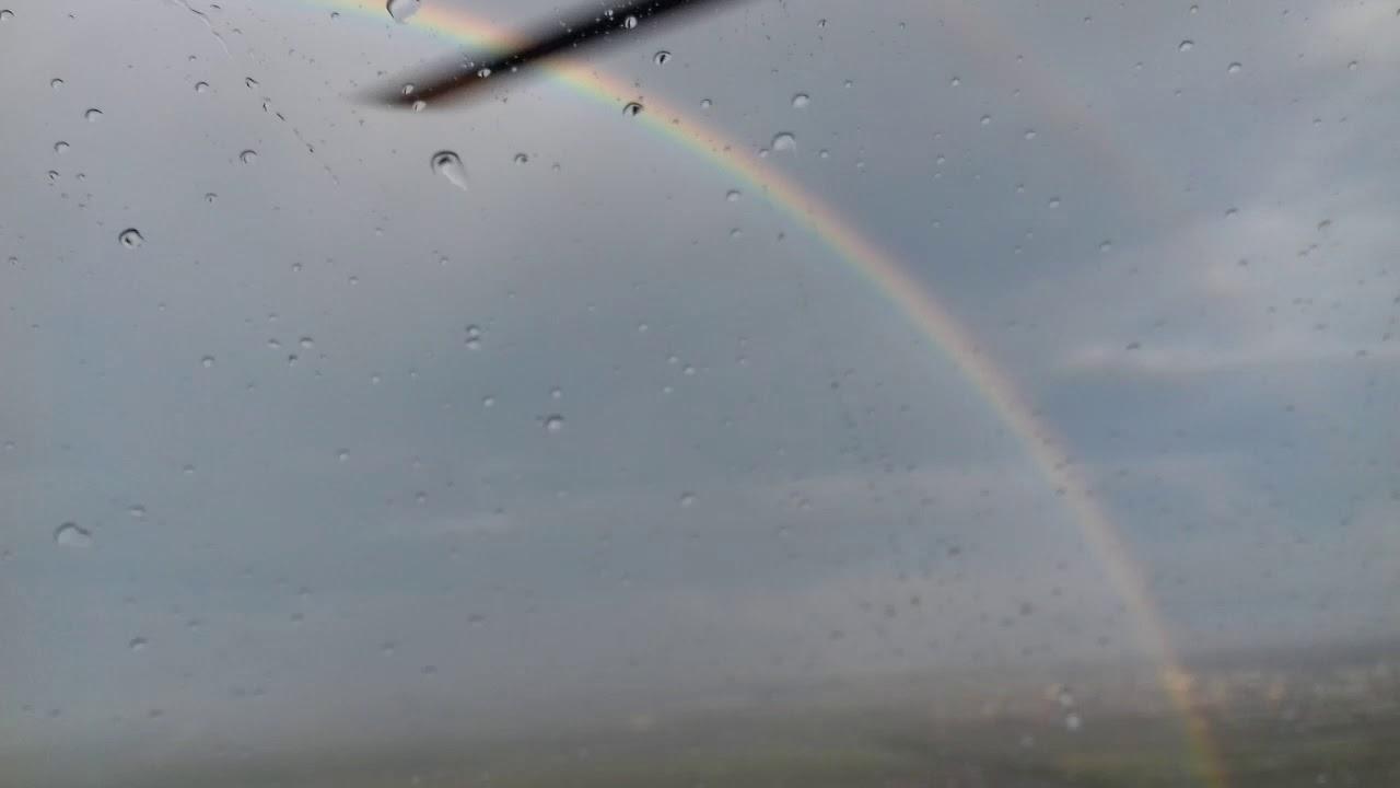 Voando com o arco íris