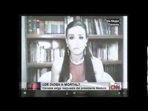 A Diosa Canales se le suelta la blusa en entrevista en CNN