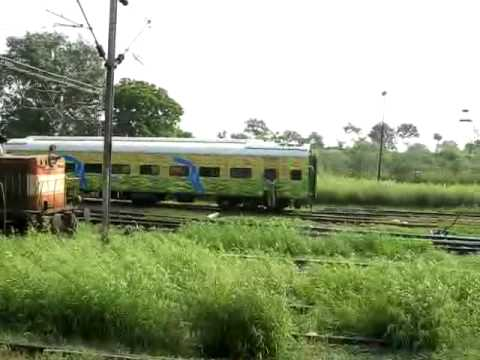3 duronto coaches most probably of 2263/2264 Duronto Express getting shunted