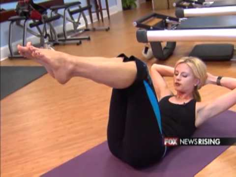 Anna Kooiman Six Pack Abs.flv