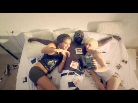 Sexy Bitch [ft. Akon] Hardstyle Dance Club Remix David Guetta video