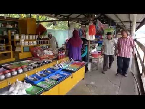 Bandar Seri Begawan, Brunei - Kianggeh Market HD (2015)