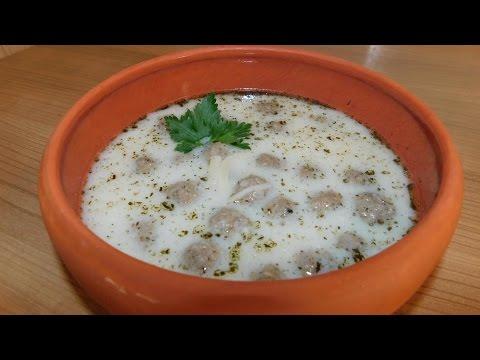 Суп чорба. Турецкий суп с фрикадельками и лапшой.