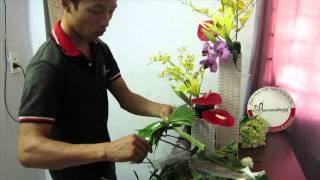 Video Clip Hướng dẫn cắm hoa 20/10