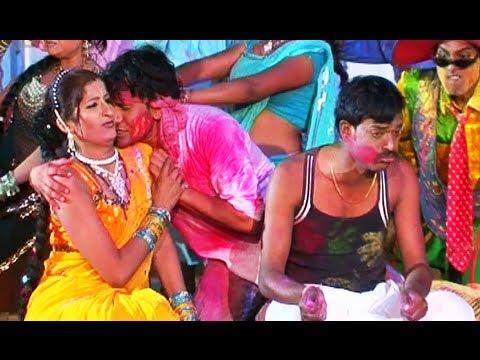 Bhaiyya Se Khaali Dalwawelu (bhojpuri Holi Video) - Holi Dabangg video