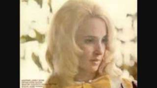 Watch Tammy Wynette With Child video