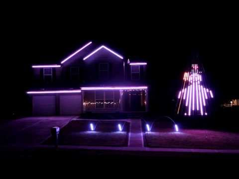 Sayers Family Holiday Lights - Frosty The Snowman video