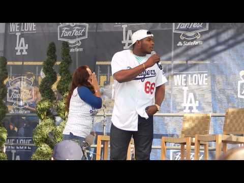 YASIEL PUIG AT DODGERS FANFEST 1-31-15