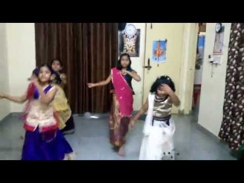 Nagada Sang Dhol Baje From Little Lady Movers Group. video
