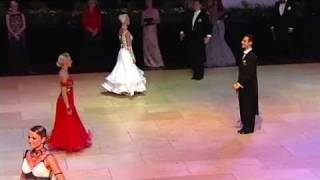 Blackpool 2010 Ballroom Dancing Pro Final - Slowfox