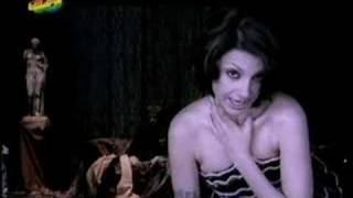 Najwa Nimri - Capable
