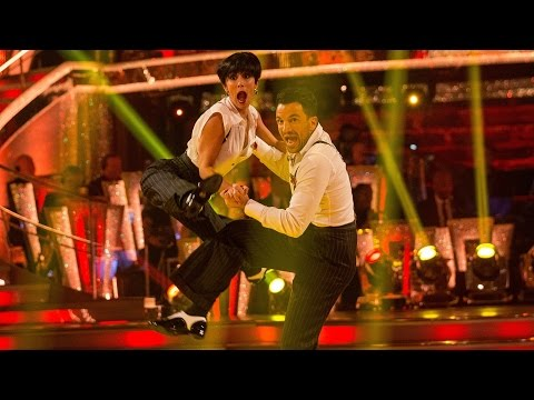 Peter Andre & Janette Manrara Charleston to 'Do Your Thing' - Strictly Come Dancing: 2015