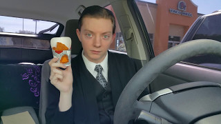 Taco Bell Naked Chicken Chips - Food Review