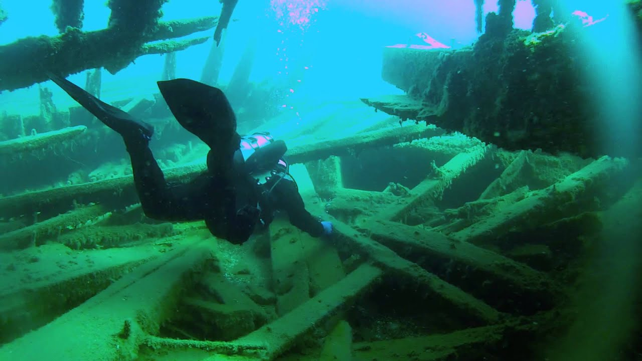 sweepstakes a shipwreck forgotten by time View the sweepstakes shipwreck aboard a blue heron boat tour of fathom five national marine park and flower pot island.