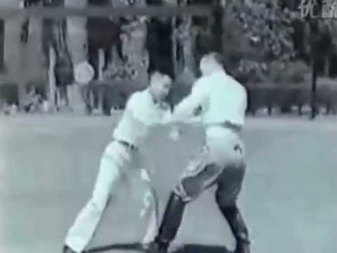 Tai Chi Training - rare old video (1937) - 太極拳 Image 1