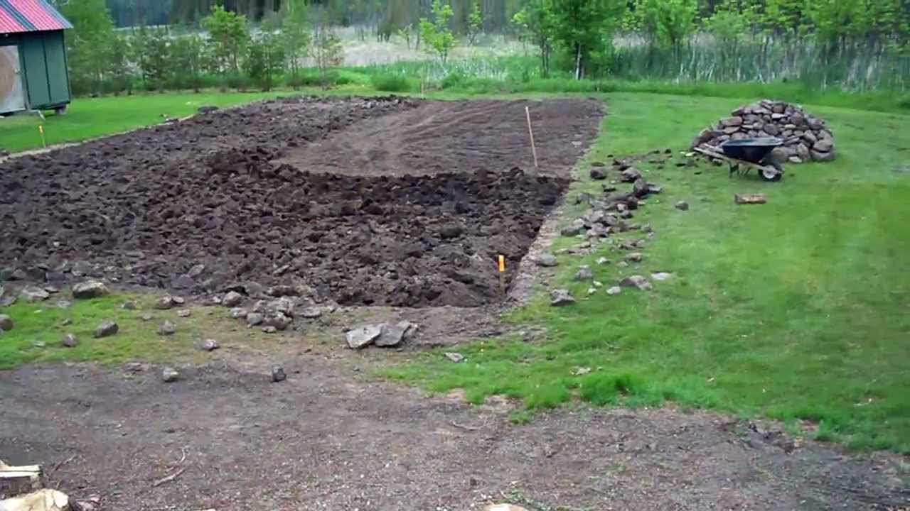 Preparing the soil the old fashion way 01 heirloom - How to prepare garden for winter ...