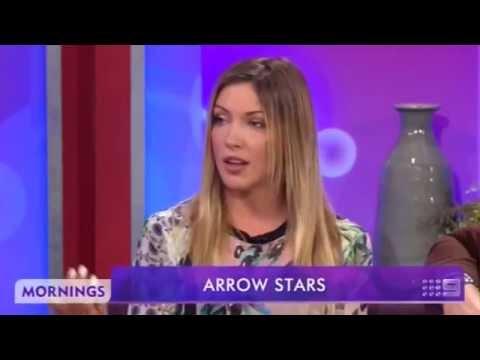 Mornings9 - Supernova's Arrow Stars - Katie Cassidy & John Barrowman