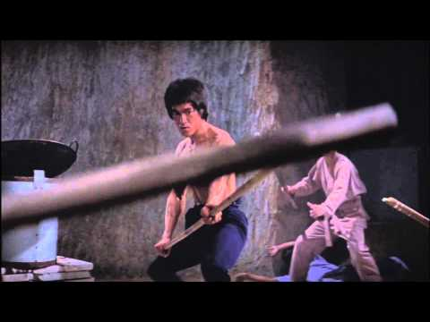 Bruce Lee Kung Fu Fighting video