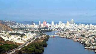 Watch Don Omar Guayaquil video