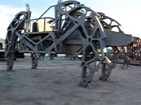 Walking Machine at Burning Man  07