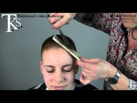 2 models: 1 medium long curly and 1 ultra short in one video! Zoë and Kim by T K S