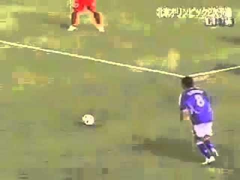 Gol spettacolare contro la fisica – effetto multiplo