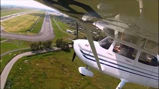 AWESOME VIEW CUTTING FINAL APPROACH CESSNA 172