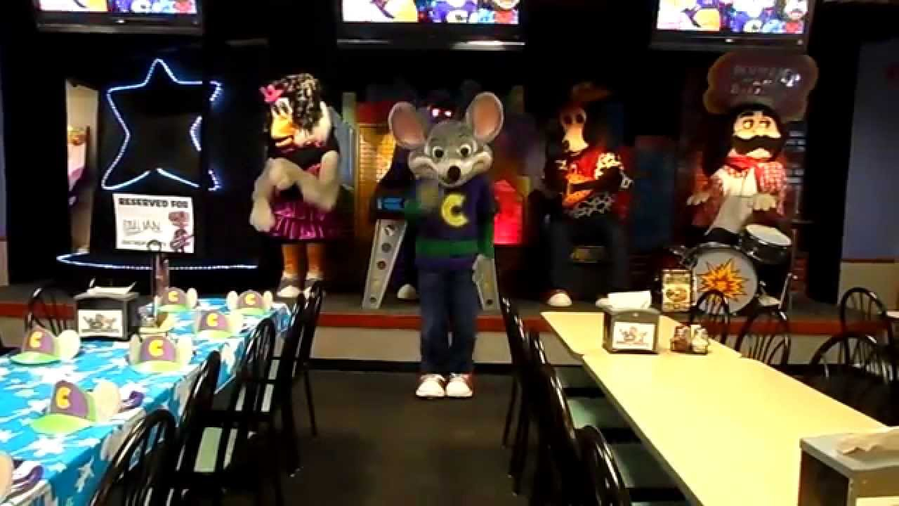 Pearl City Hawaii Chuck E Cheese's Best Song Ever - YouTube