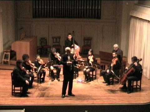 Mandolino e Orchestra A. Vivaldi (1678-1741) Concerto in Re Maggiore KV 425 – Mandolino: Ugo Orlandi