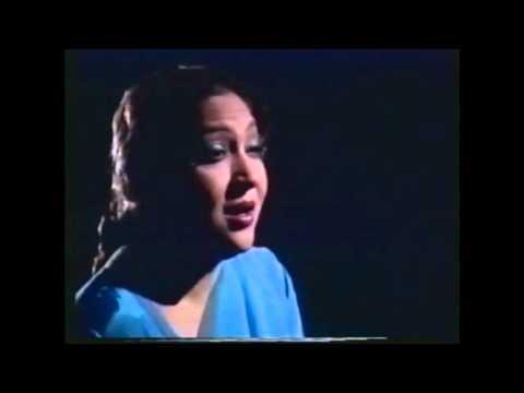 Mala -- Gham E Dil Ko In Ankhon Se Chalak Jana Bhi Ata Hai video