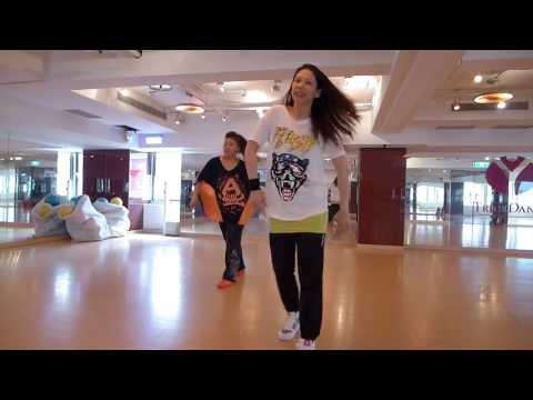 Kya Dekhte Ho (remix) - dance intro