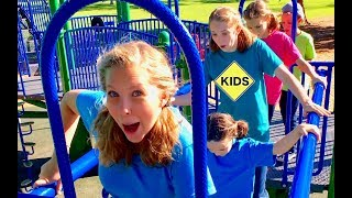 Learn English Words! Follow the Leader with Sign Post Kids! Playground!