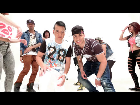 EYCI AND CODY - ZUMBA TUS CADERAS (Video Clip Oficial) 2014