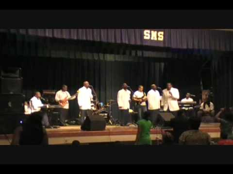 Michael Boykin and the Mighty Voices - The Lord Is Blessing Me