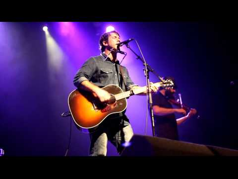 Chuck Ragan with Jon Gaunt & Joe Ginsberg - Valentine (Revival Tour 2011, Glasgow)