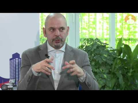 Daniel Estulin habla en prnoticias del impacto de Podemos en la política española (2)