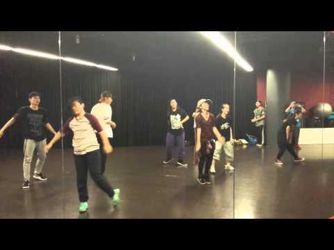 Xiaohei - Strike It up by Black box
