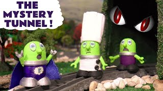 Spooky Mystery Tunnel with the Funny Funlings and Thomas the Train - A Fun story for kids