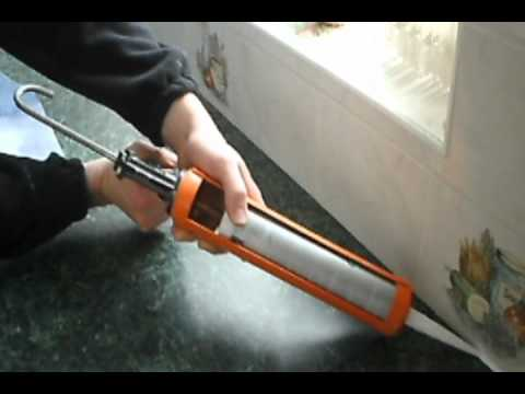 how to remove apply silicone sealant caulk youtube. Black Bedroom Furniture Sets. Home Design Ideas