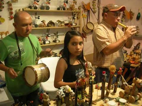 Madera y Semillas ... Artesanos de San Agustin