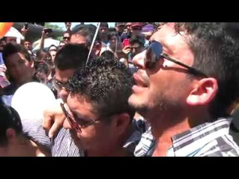 El Flaco de Recoditos le canta Mi Último Deseo en su sepelio a Luis Fernando Muñoz