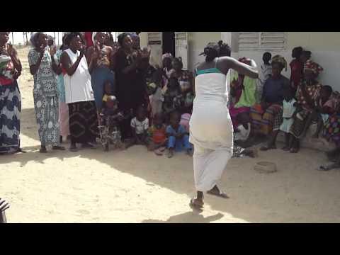 danses traditionnelles senegalaise – Ile de Fayako