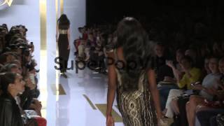 Naomi Campbell walks the runway at Diane von Furstenberg ...