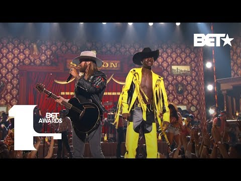 Download Lagu  Lil Nas X & Billy Ray Cyrus Bring The Old Town Road To The BET Awards Live! | BET Awards 2019 Mp3 Free
